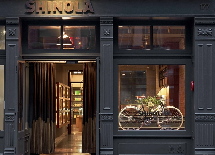 shinola-front-of-store1